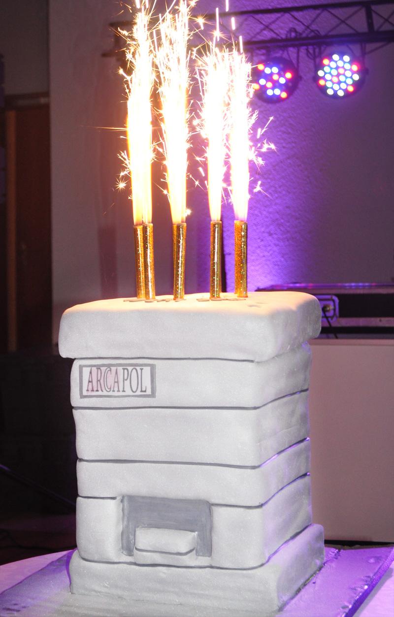 tort-na-10-lecie-powstania-firmy-Arcapol